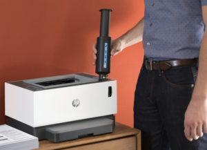 Kassetivaba HP Neverstop Laser laadimine